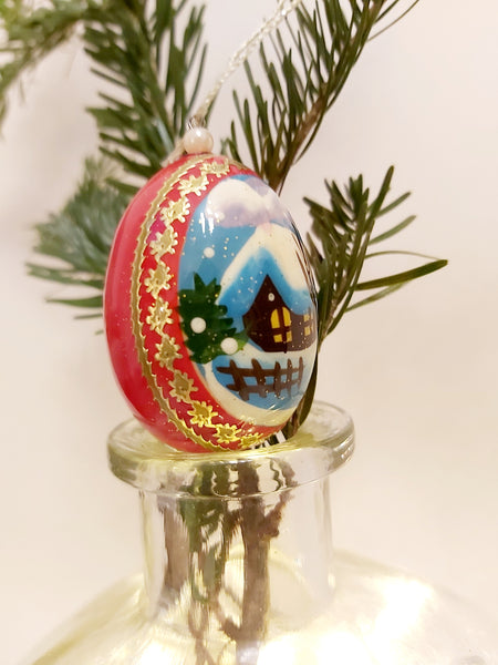 Egg-shaped Small Bauble - Winter Scene (various colours)