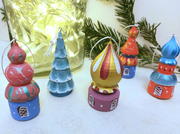 A set of 5 Christmas Tree Ornaments