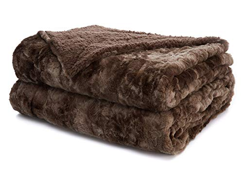 The Connecticut Home Company Faux Fur Bed Throw Blanket, King Size, 108x90, Many Colors, Soft Large Luxury Reversible Blankets, Warm Hypoallergenic Washable Throws for Couch or Beds, Brown Tie Dye