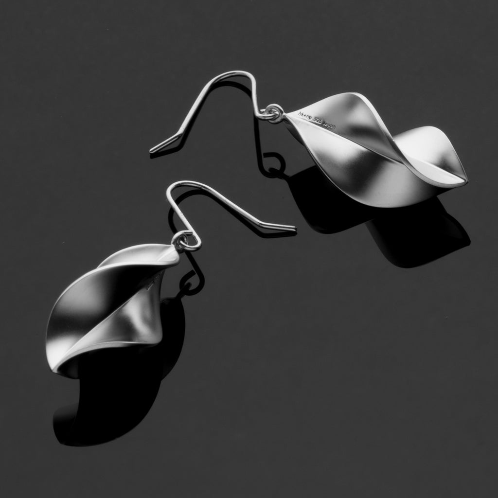 Spiral Series Handcrafted Japanese Jewelry Minimalist Earrings Sterling Silver Matte hk+np Studio