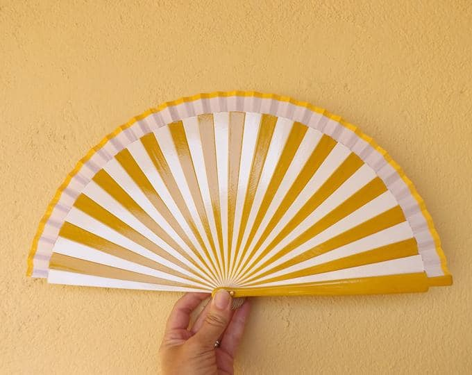 Yellow and White Striped Standard Fan RTG