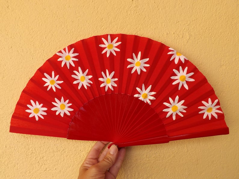 Daisies on Red Standard Fan MTO