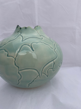 Load image into Gallery viewer, Short Ginkgo Leaf Vase