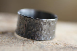 Black rhodium wide Textured ring