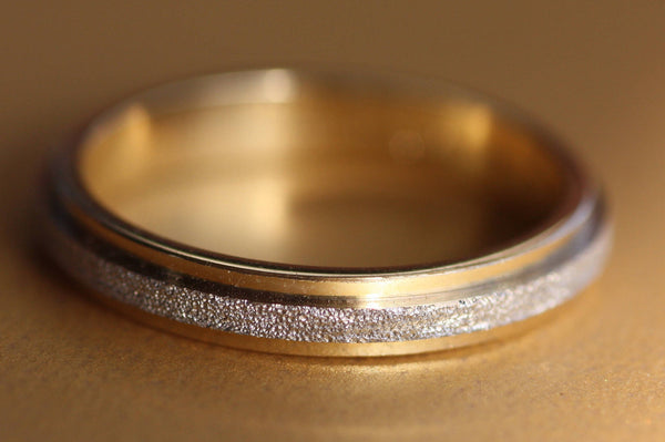 Hammered Gold Wedding ring