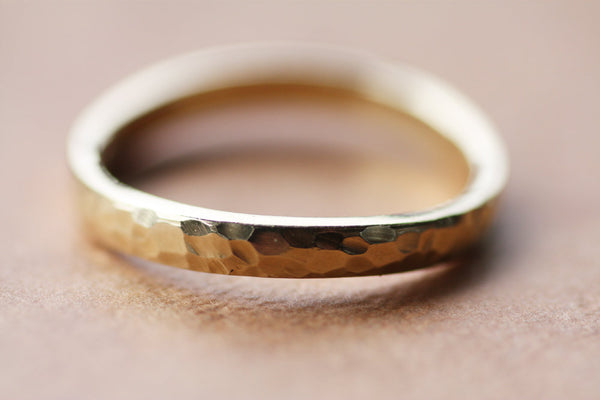 Gold Hammered wavy Wedding ring
