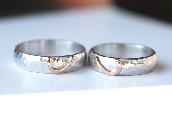 Engagement rings Couples textured rings, Rose gold Hearts sign wedding bands