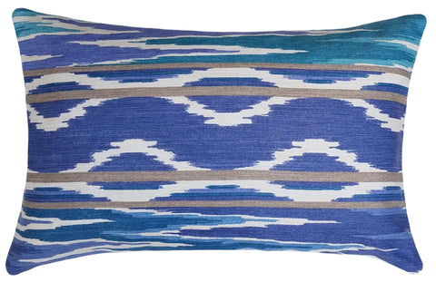 designer-throw-pillow-in-blue