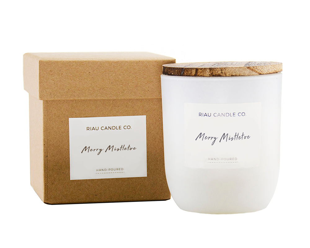 Medium Riau Candle - Merry Mistletoe