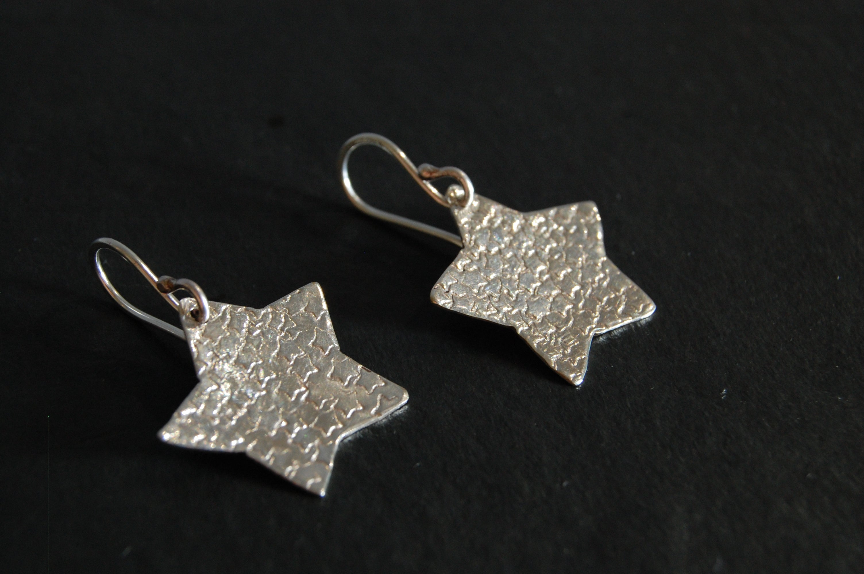 Lesley Ross Large Star-Hammered Silver Star - Drop