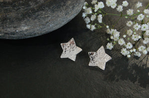 Lesley Ross Small Hammered Silver Star - Studs