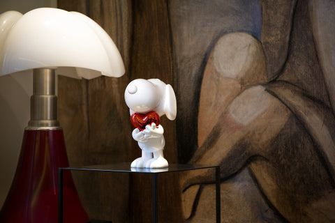 Figurine Snoopy with Heart 27cm Figurine Available in 5 Styles LeblonDelienne - Play Offside