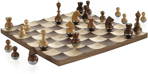 Chess Set Wobble Chess Set Umbra - Play Offside
