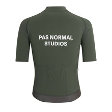 Afbeelding in Gallery-weergave laden, Pas Normal Studios Essential Jersey - Olive