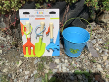 Load image into Gallery viewer, Briers Kids Children's Metal Outdoor Beach Buckets & Hand Tools - Seaside