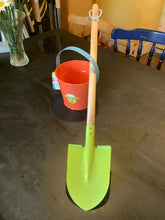 Load image into Gallery viewer, BRIERS Kids Wooden Beach Spade and Metal Bucket - Holiday - Beach - Seaside