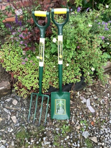 Bulldog Evergreen Digging Spade and Fork Bundle - 7103772890 + 7101772890