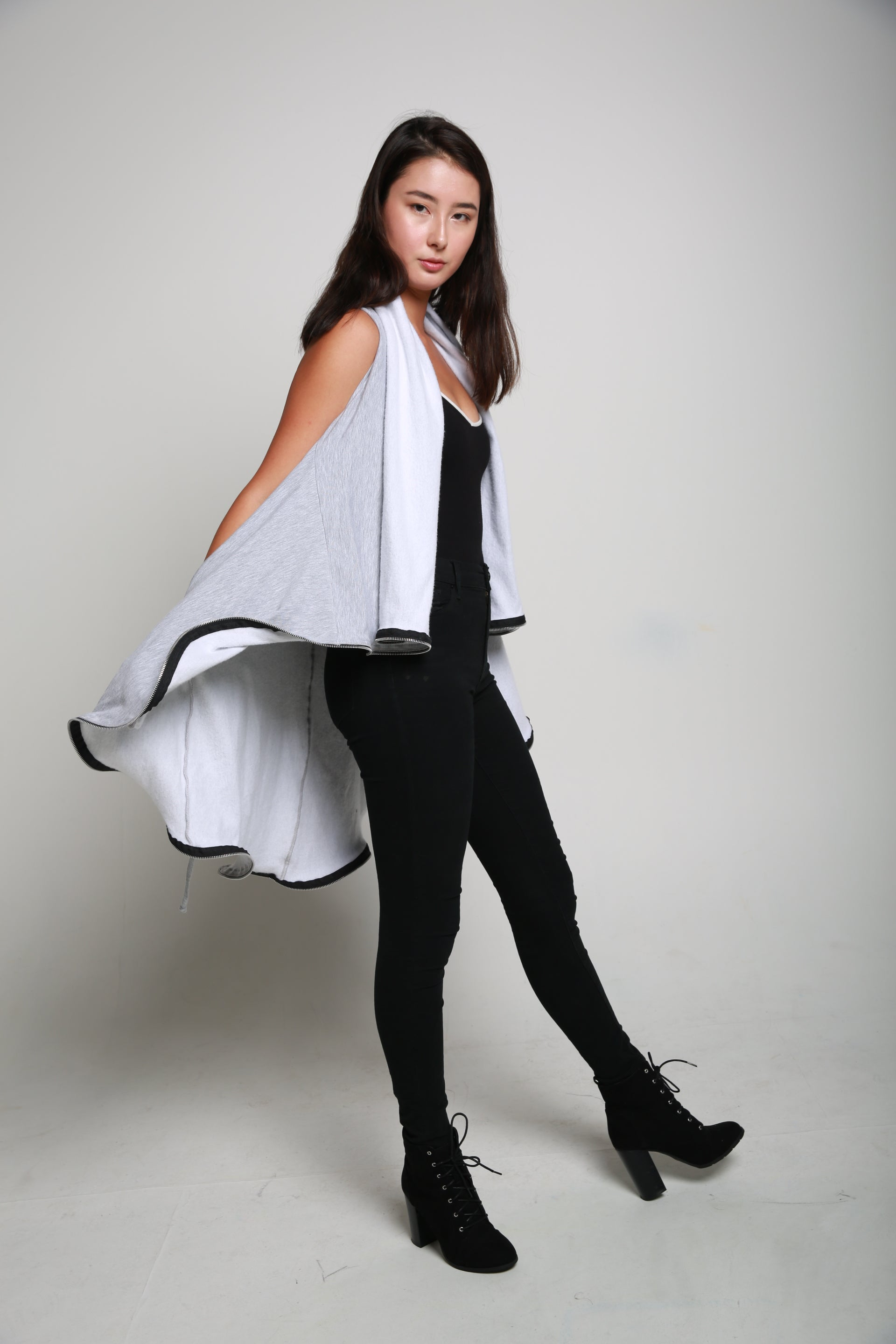 J'ADORE SLEEVELESS - LIGHT GREY MIX