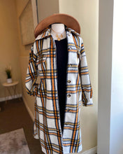 Load image into Gallery viewer, Plaid Jacket With Pockets