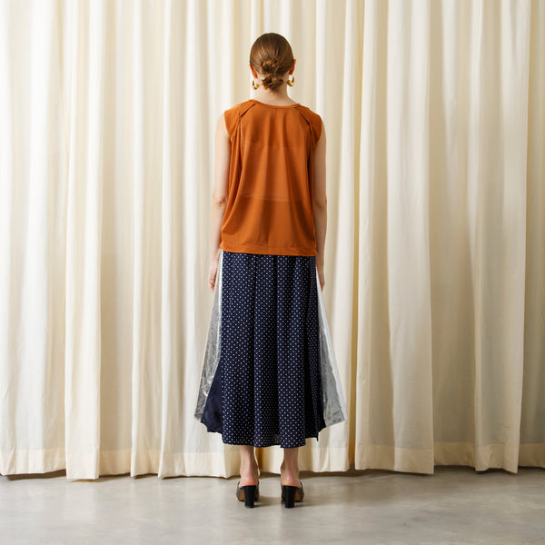【予約商品】SEE THROUGH SLEEVELESS PULLOVER