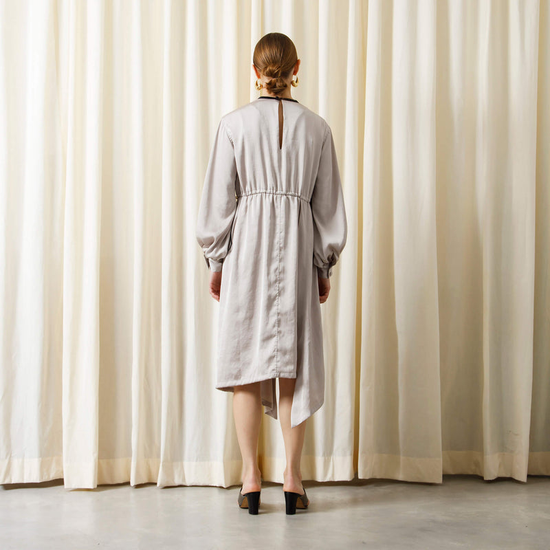 【予約商品】ASYMETRY SKIRT DRESS