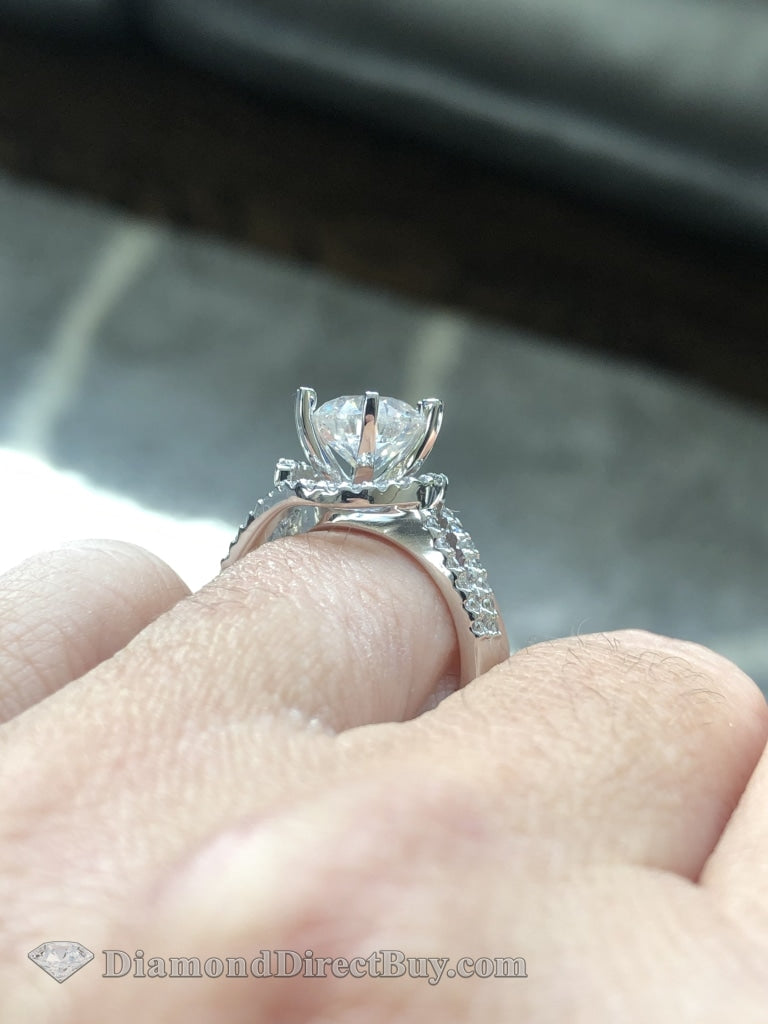 2.52 Twist Halo Diamond Engagement Ring 2Ct I/vs1Gia Center Rings