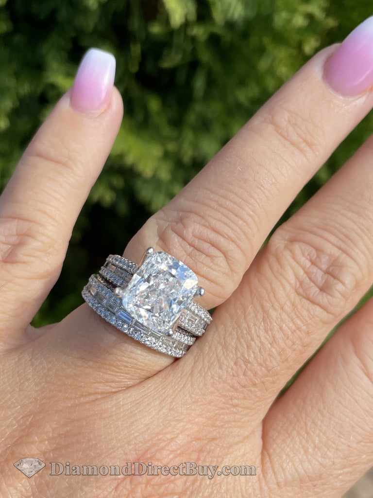 6.50Ctw Set With 4.00I Si1 Gia Cushion Diamond Engagement Rings