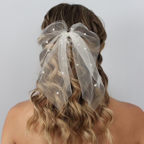 PEARL TULLE BRIDAL BOW