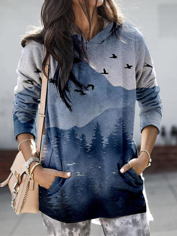 Flying Bird Mountain Print Hooded Sweatshirt