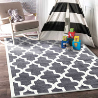 Lattice Pattern Grey White