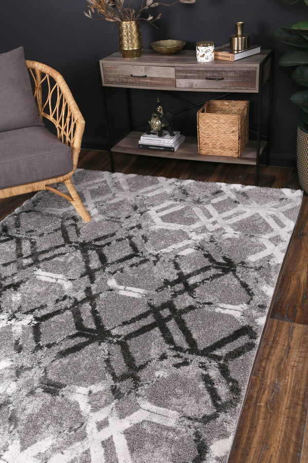 Yuzil Grey White Lattice Rug
