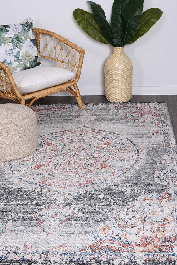 Hollow Medalion Transitional Grey Rug