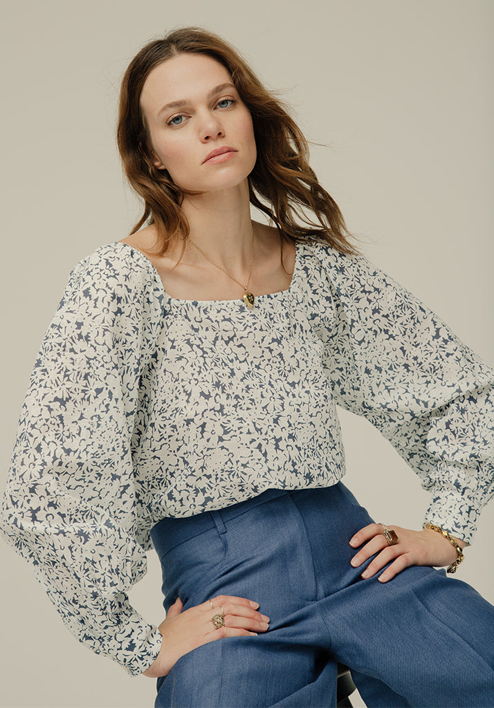 Gemma Top Silhouette Blue