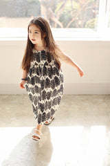 Bien a Bien Tree-Print Maxi Dress - Black and White