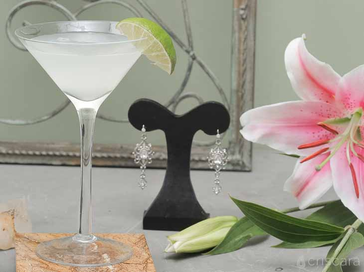 The White Cosmo Drink Recipe | Criscara