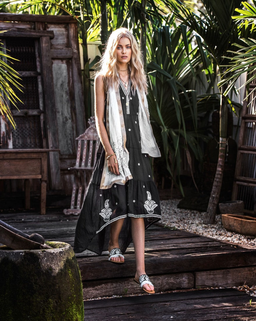 Criscara x RubyYaya - Effortless, Boho Resort Wear for Chic and Cool Women