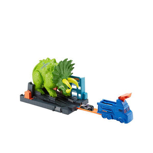 Hot Wheels Smashin' Triceratops Play Set GBF97