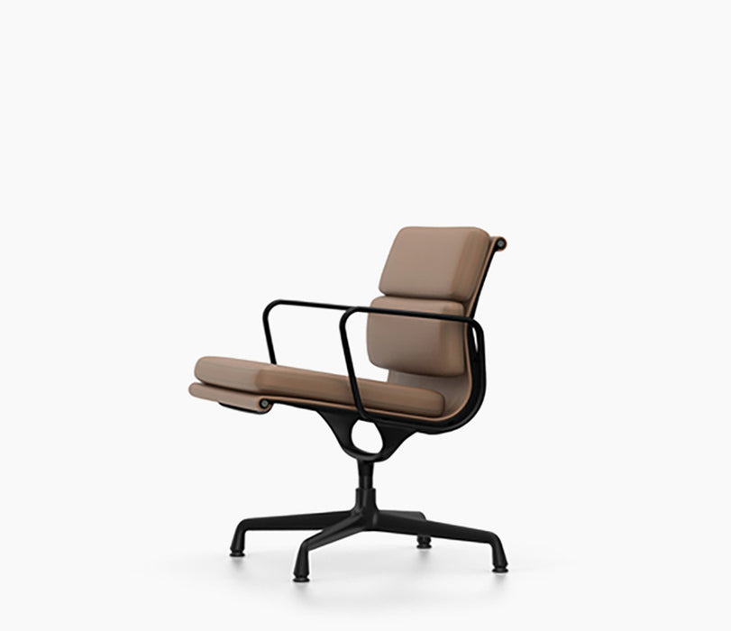 Soft Pad Chairs EA 208 / Leather