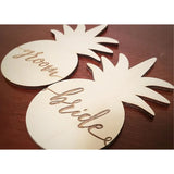 PINEAPPLE BRIDE + GROOM PLACE CARDS