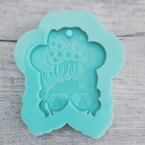 MTO {Mom Bun with Castle Glasses} Keychain Mold