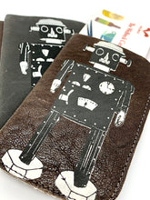 Load image into Gallery viewer, The Harley Online Gallery Shop // Quirky gift for him - leather robot card wallet