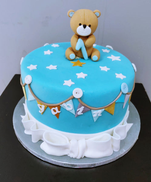 Cute Bear bow cake