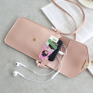 Heart-Shaped Touch Screen Purse With Clear Window | Light Pink - TouchScreenPurse.online