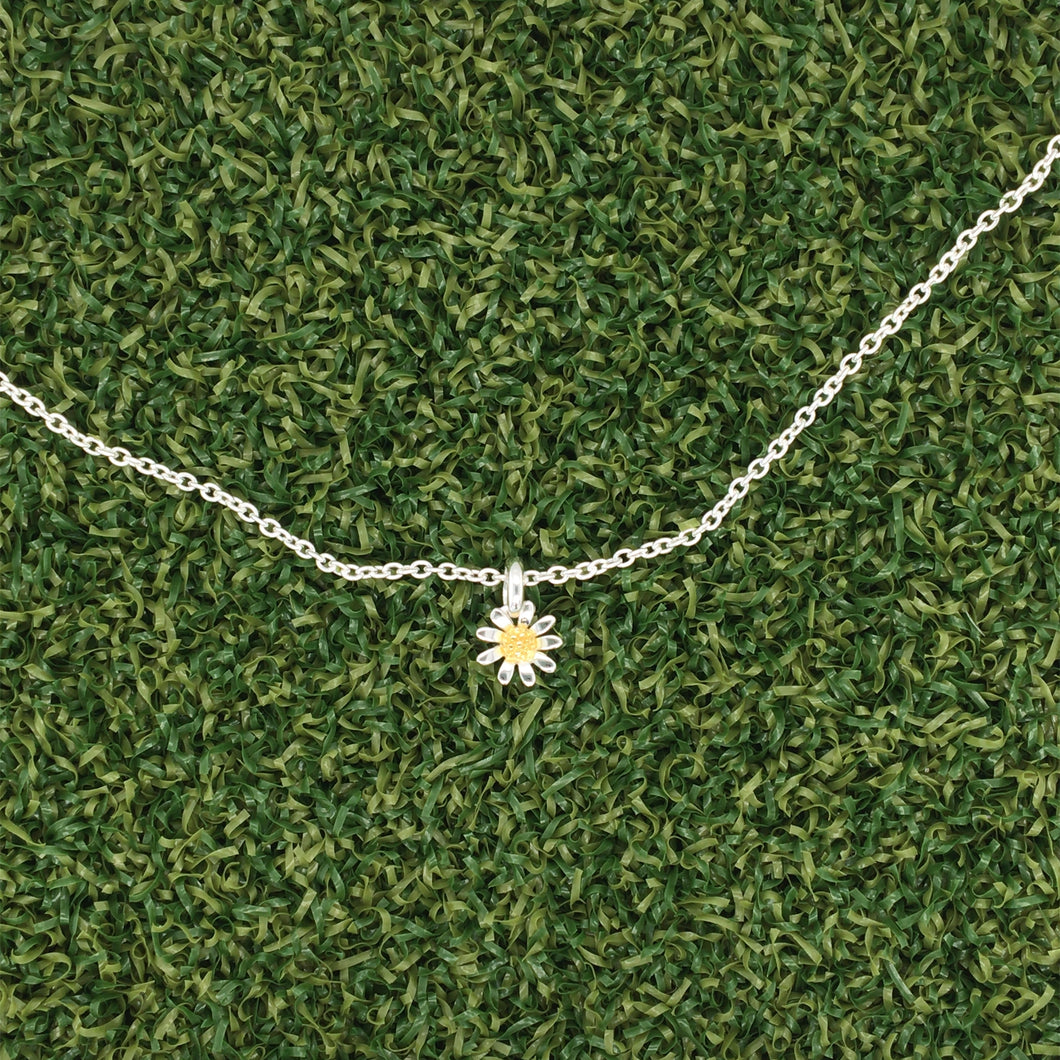 Daisy Small Silver Necklace