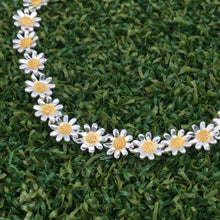Load image into Gallery viewer, Daisy Bracelet