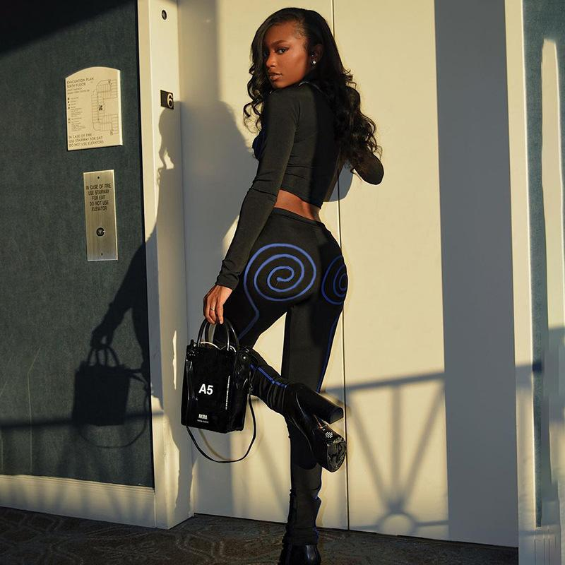 O-neck Long Sleeve Crop Top and Sports Legging Two-piece