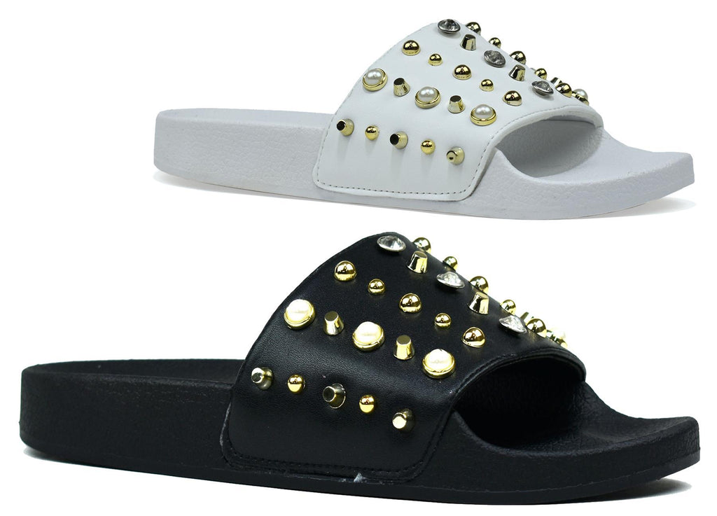 Stud Sliders Black and White
