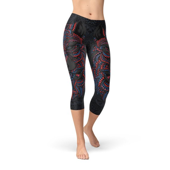 Womens Oriental Black Wolf Capri Leggings - MorphU LLC