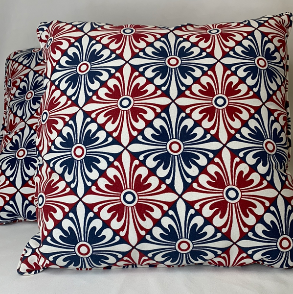 Set of 2 Decorative Pillows