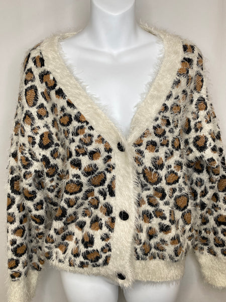 Women's V-neck Sweater Leopard Print Bershka